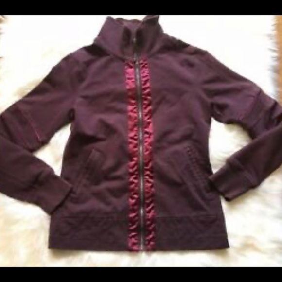 Lululemon mogul burgundy quilted zip up jacket 8